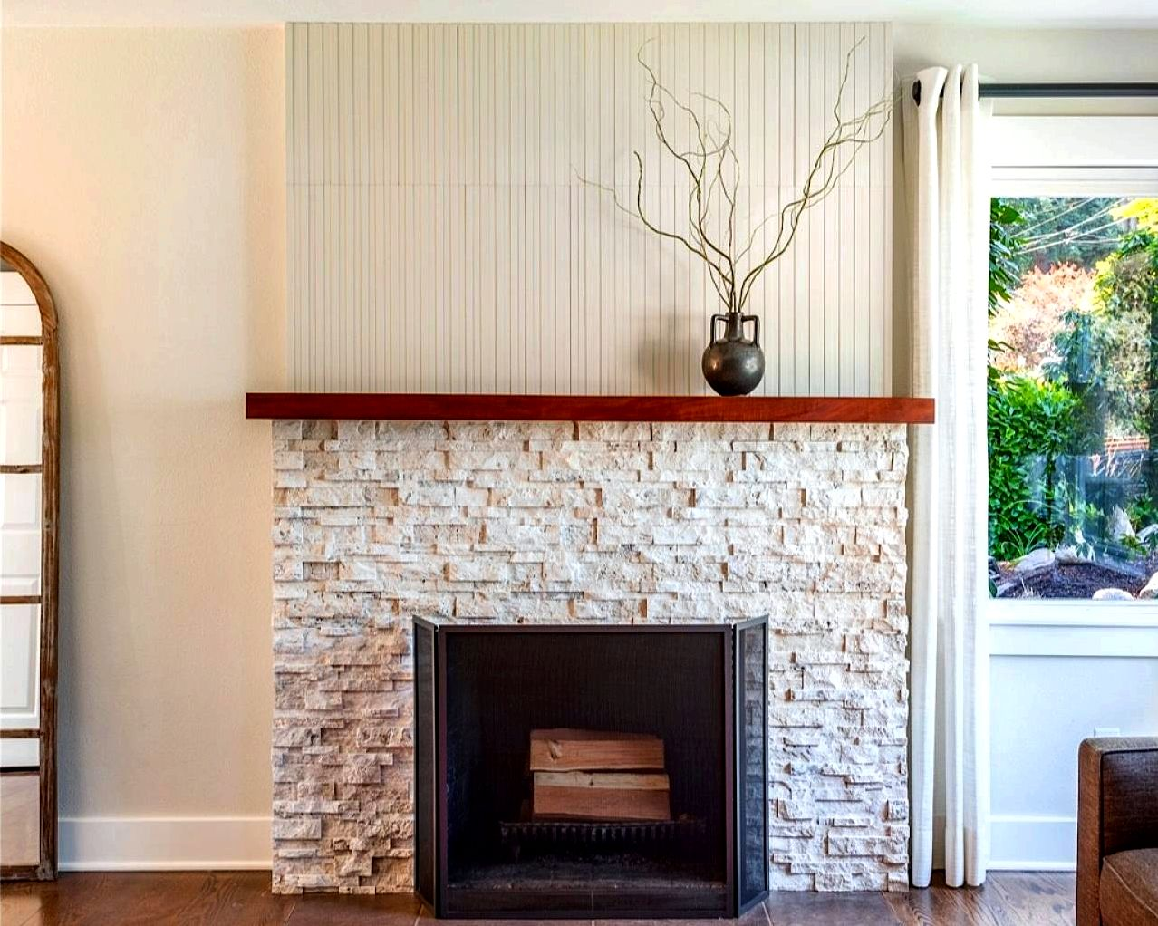 Stone hearth cleaning tips moisten the smoke stain by